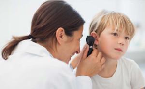 apparecchi acustici bambini